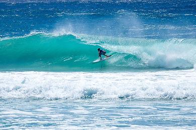surfing-3862681_1920.jpg
