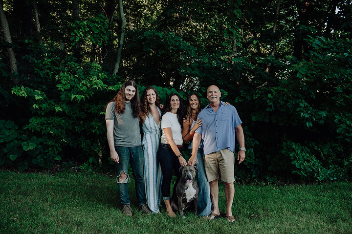 The Haney Family: Down To Earth owners