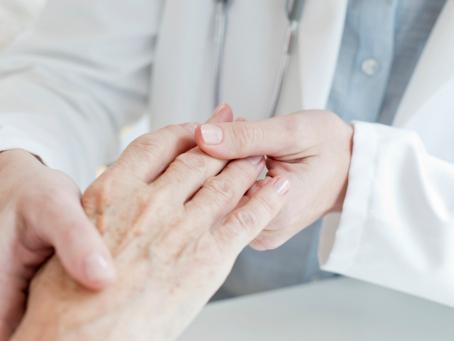 Não é só artrite? Veja as principais manifestações da Artrite Reumatóide