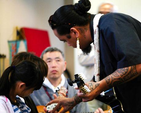 3_ukulele_007.jpg