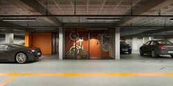 Parking e bike stow