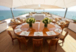 luxury_expedition_yacht_suri_sundeck_dining.jpg