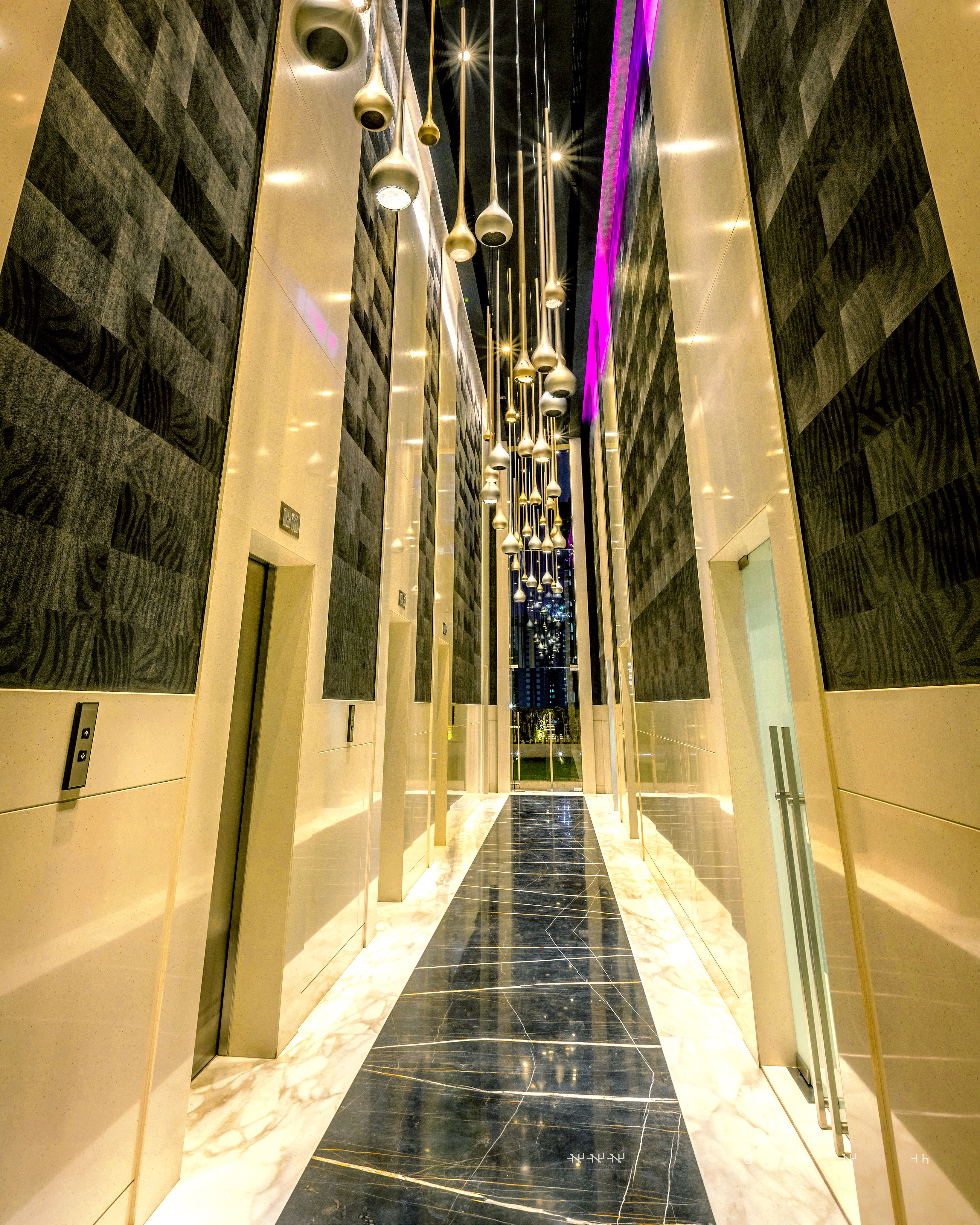 Ultra Grand lobby