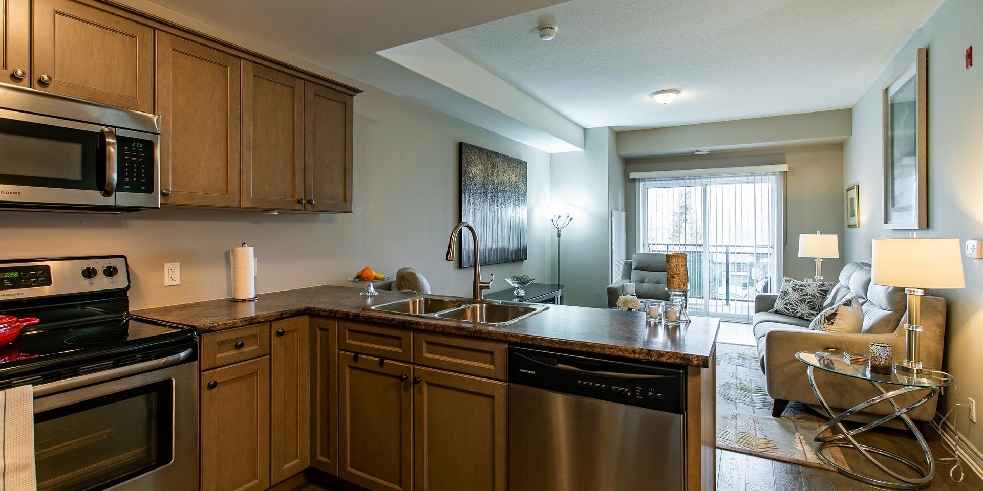 Kitchen_Livingroom.jpg