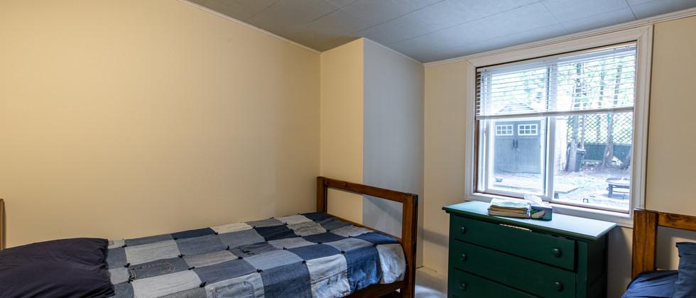 Bedroom1B.jpg