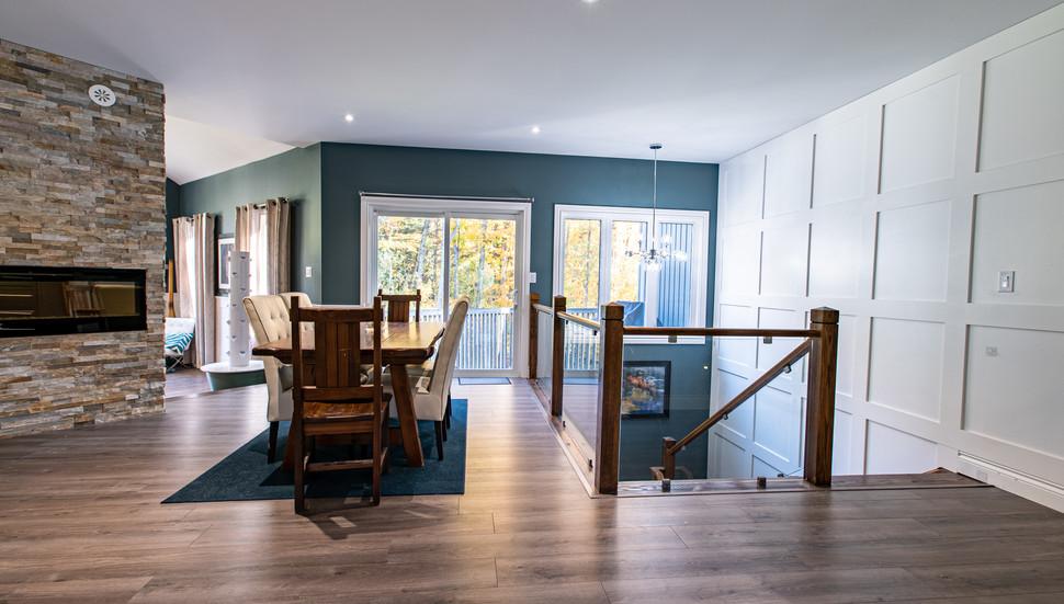 Interior_Diningroom_Stairs