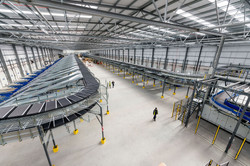UKMail_Sorting hall