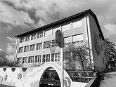 Schulhaus Rafz.jpg