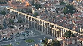 acueducto de segovia vista aérea - guia oficial de Segovia - SERVICIOS TURISTICOS DIVERSOS