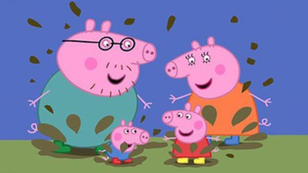 Familia Pig en el charco