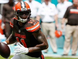 Pryor plays QB, WR and safety in Browns' loss