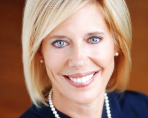 Judge Joan Synenberg Leads gun violence forum