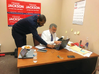 Incumbent Frank Jackson easily advances to general election