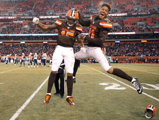 Browns fend off Chargers in home finale