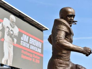 BROWNS UNVEIL STATUE OF HALL OF FAME RUNNING BACK JIM BROWN