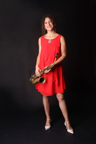 Beccy Rork Saxophonist adds the perfect music to Weddings, Parties and Special Events.
