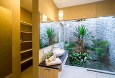 27 ENSUITE BATHROOM 4TH BEDROOM 1A.jpg