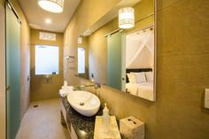 30 ENSUITE BATHROOM 3RD BEDROOM 1.jpg