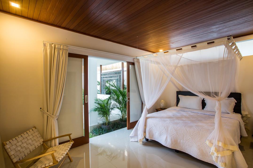 12 MASTER BEDROOM 1.jpg