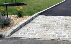 natural-stone-driveway-border-edging-ide