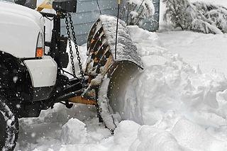 Snow-Plow-in-Action.jpg