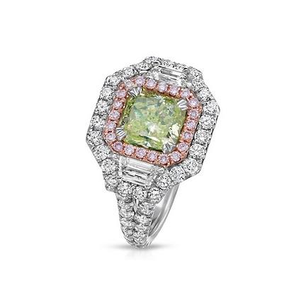 18K FANCY INTENSE GREEN DIAMOND RING