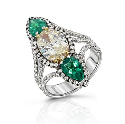 18K DIAMOND RING WITH GREEN EMERALDS