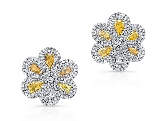 18K DIAMOND EARRINGS WITH YELLOW DIAMONDS
