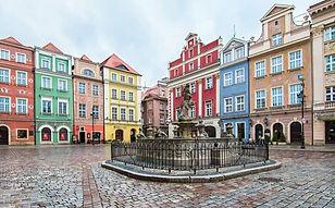 Poznan-Old-Square.jpg