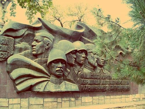 Памятники Узбекистана