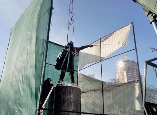 В Киеве демонтирован памятник Суворову