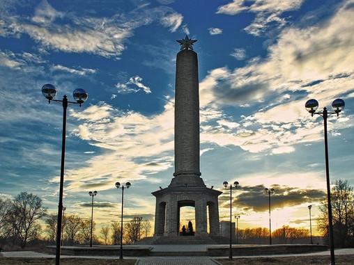 Памятник освободителям Великих Лук