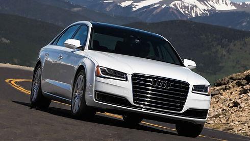 Audi-A8-2018-saferentacar.jpg