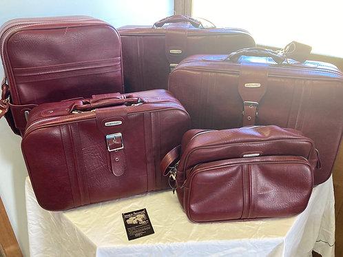 World Traveler Five-Piece Luggage Group