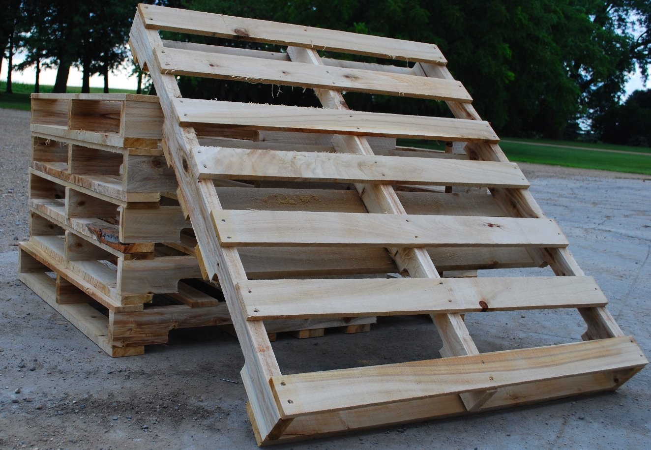 New Custom Pallets and Skids | Sauk Centre | Centre Pallet
