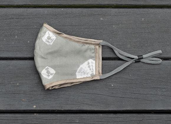Silk Mask 'Star' | Sea Grass