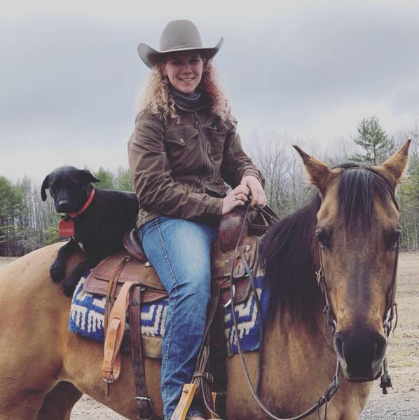 Carly, Lizz & Horse