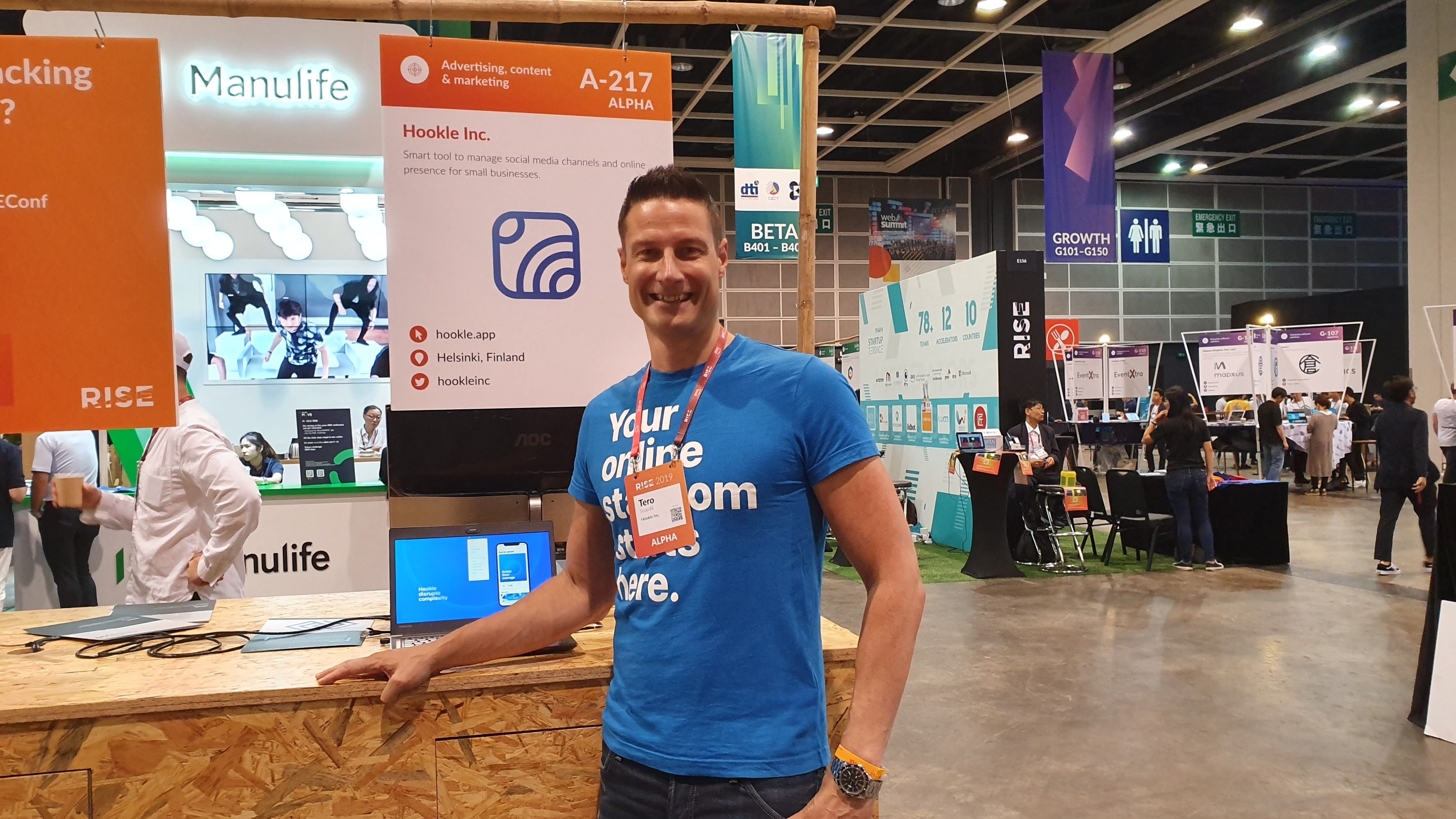 Hookle's CEO at the booth showcasing the App at Rise conference in Hong Kong on July 11th 2019.
