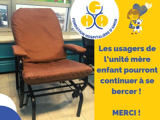 Nouveaux recouvrements pour les chaises berçantes de l'unité mère enfant !