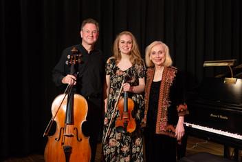 The Honigberg Trio at the Pilgrim Chamber Players Cocnert 11/04/18