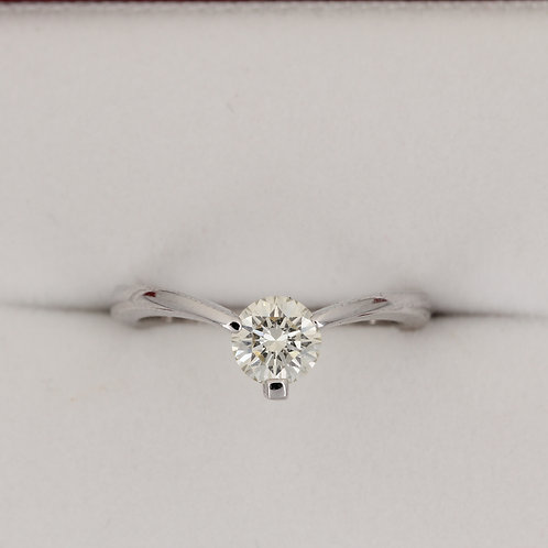 V shaped Diamond Engagement Ring