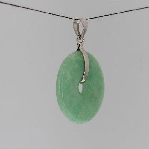 Burmuse jade pendant