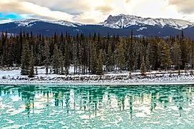 FULLFRAME GREEN ICE RIVER.jpg