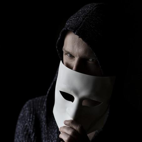 """Lições de Vida dos Serial Killers #1: """"Ah, se fosse comigo..."""""""