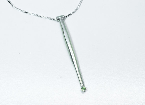 A Sterling Silver Spiculum Pendant with Peridot