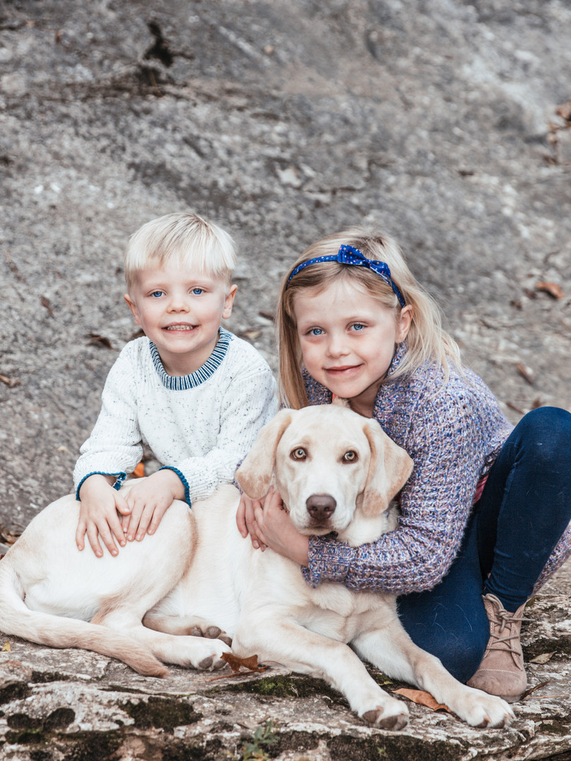 family dog kids photo session photographer park rocks columbia mo fulton ashland booneville