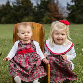 Christmas Sister Session | Ella & Nora