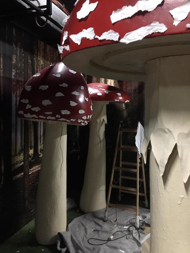 Restaurantkulisse Alice im Wunderland