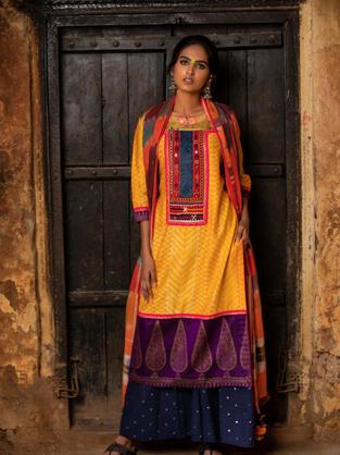 Multi Coloured Kurta in Shibori with war of colours and pattern. Hand Blocked Khadi Border on hem combined Gamchha Dupatta