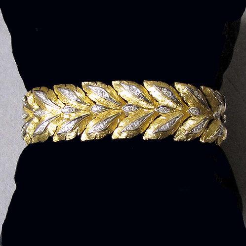 Textured 18K and Diamond Leaf Motif Bracelet